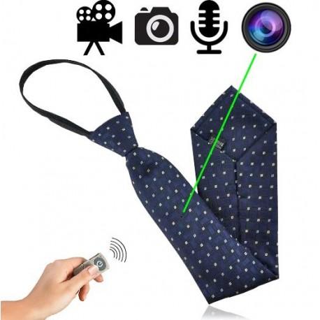 HD SpyCam getarnt in stilvoller Krawatte. Für diskrete & investigative Video-Aufnahmen mit Ton. Trägt nicht auf: Komplette Krawatte bleibt sehr flach. Kamera-Linse perfekt integriert im Muster der Krawatte.
